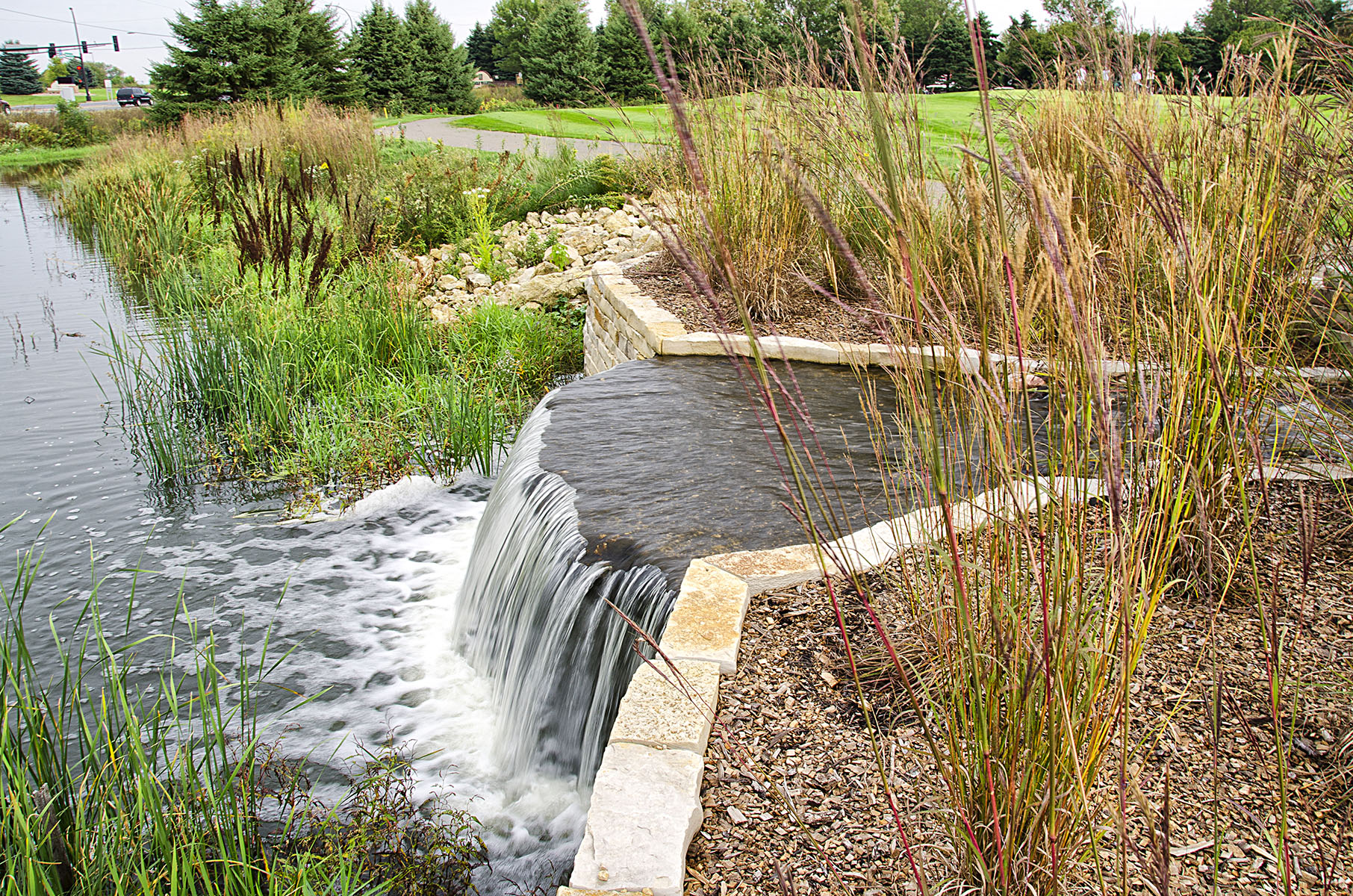 Eagle Valley Babbling Brook water feature